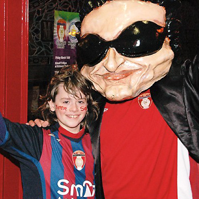 BONO AND A PAT'S SUPPORTER