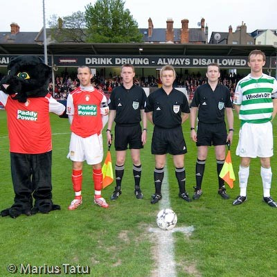 CAPTAINS POSE BEFORE DUBLIN-DERBY MATCH